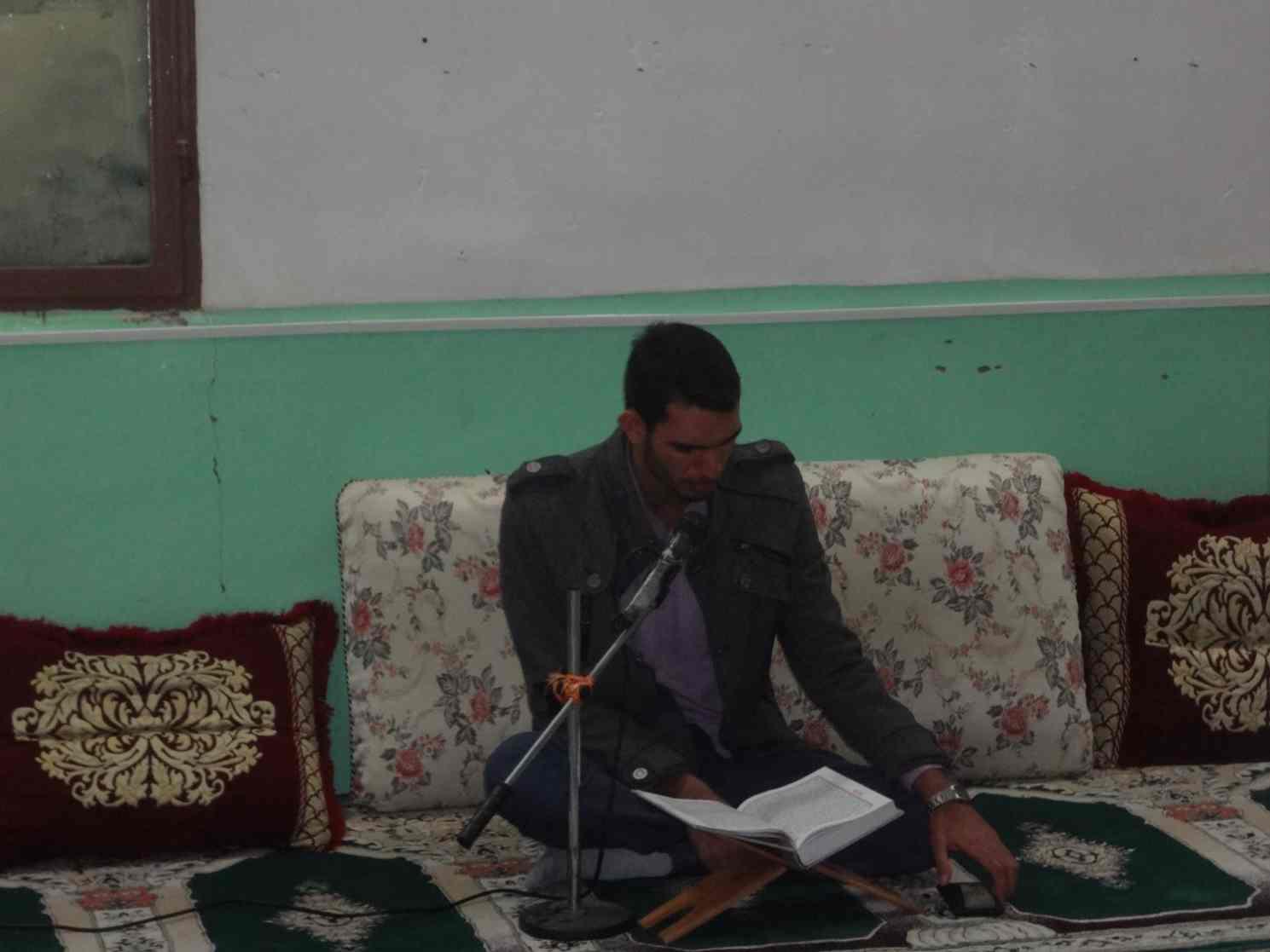 محفل انس با قرآن بهمن 94 (4)